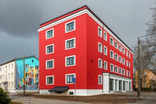 renoveeritud kortermaja välisfassaadi pildistamine Tiigi 19 Tartu