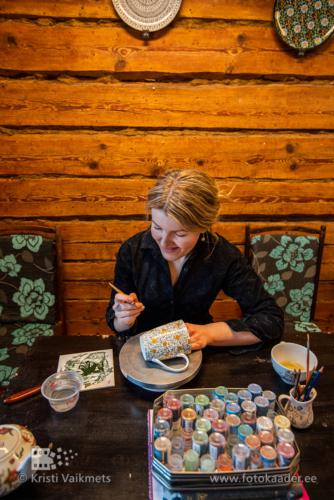 Milgren portselanist lauanõude dekoreerimine vaikmets